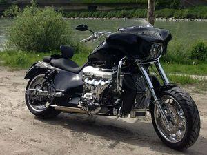 MOTORRAD BOSS HOSS V8 BHC-3 LS3 SUPER SPORT EZ 25.02.2014 13500KM