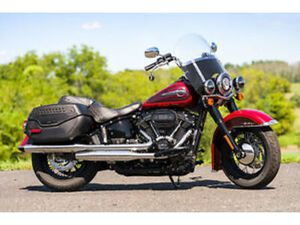 2019 HARLEY-DAVIDSON SOFTAIL HERITAGE CLASSIC FLHCS-114&#034'/6-SPEED ONLY 625 MILES!