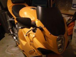 MOTO 650 GTR
