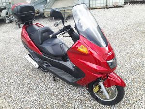 SCOOTER 125 CM 3