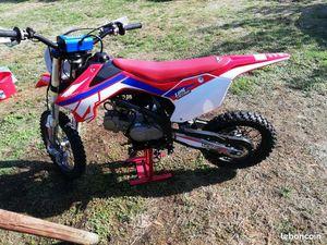 125 RXF 2020