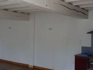 Nieul centre t3 duplex cour