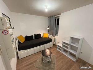 Studio meublé duplex proche CHU et Tram B