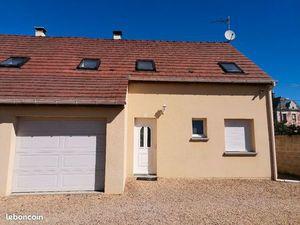 Maison récente à marest sur matz 10mns de compiegne 779 euros 125 m2