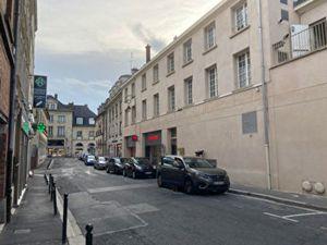 Local commercial Compiegne 70 m2 centre ville
