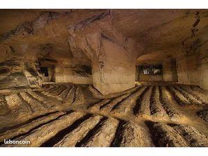 Terrain avec ancienne carriere en sous sol