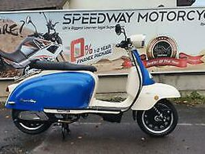 ROYAL ALLOY TG 125CC S LC ABS RETRO SCOOTER LEARNER LEGAL COMMUTER MOD SCOOTER