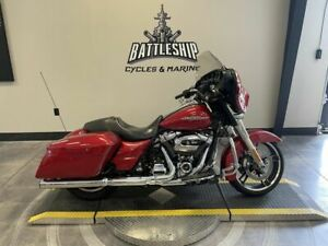 2019 HARLEY-DAVIDSON STREET GLIDE®, RED WITH 16371 MILES AVAILABLE NOW!