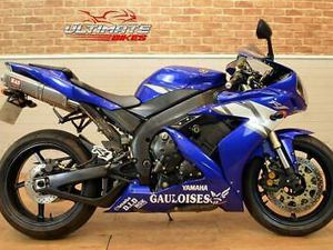 2004 04 YAMAHA YZF R1 - FREE DELIVERY AVAILABLE