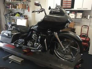 2011 CVO HARLEY ROAD GLIDE ULTRA CLASSIC MOTORCYCLE W EXTENDED FACTORY WARRANTY