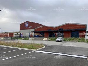 Location Local commercial 7 867 m² - Amiens (80000)