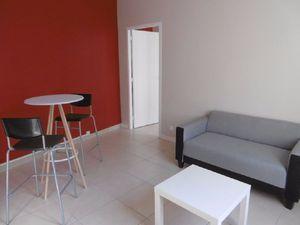 Location appartement  36.9 m² T-2 à Reims  555 €