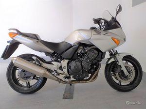 SUBITO IMPRESA+ - TVR MOTO SNC - HONDA CBF 600 S - 2007 GARANZIA