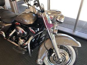 2004 HARLEY-DAVISSON ROAD KING CLSSSIC
