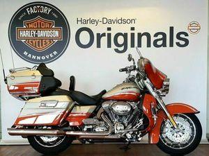 HARLEY-DAVIDSON FLHTCUSE4