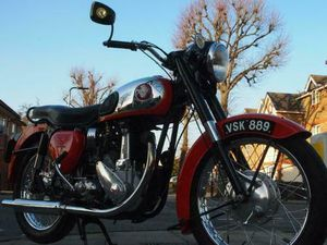 1956 BSA B33 CLASSIC VINTAGE 500CC WITH CORRECT FACTORY NUMBERS, MATURE OWNER.   IN GREENF