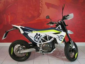 HUSQVARNA 701 SUPERMOTO 2019 ONLY 5700 MILES NATIONWIDE DELIVERY | IN HULL, EAST YORKSHIRE