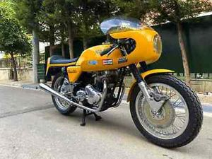 NORTON COMMANDO 750 DUNSTALL REPLICA 1972