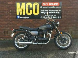 KAWASAKI W800 STREET 2020 622 MILES ONLY | IN ORRELL, MANCHESTER | GUMTREE