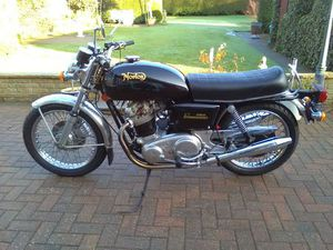 NORTON COMMANDO 828CC