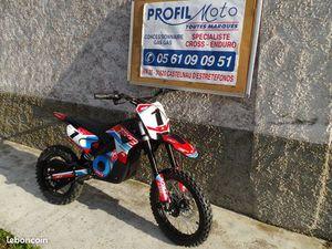 MOTO ELECTRIQUE ENFANT 1300W APOLLO ROCKET NEUVE