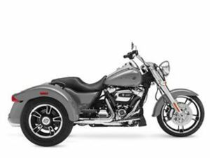 2017 HARLEY-DAVIDSON® FLRT - FREEWHEELER®, SILVER WITH 26745 MILES AVAILABLE NOW