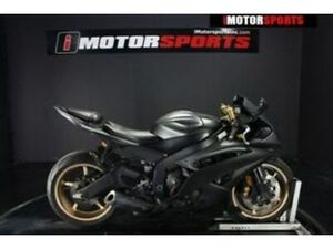 2014 YAMAHA YZF-R6, GRY WITH 21861 MILES AVAILABLE NOW!