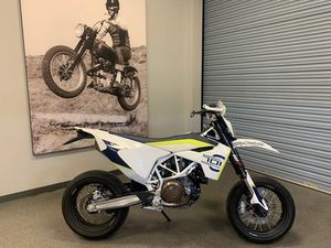 HUSQVARNA® 701 SUPERMOTO 2017 USED MOTORCYCLE FOR SALE IN KELOWNA