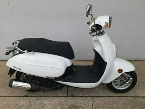 2011 DAELIM S4 50 SCOOTER 50CC