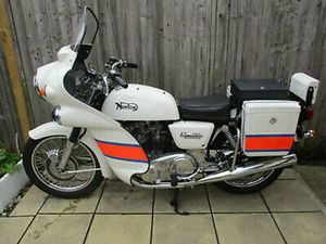 NORTON 850 COMMANDO INTERPOL