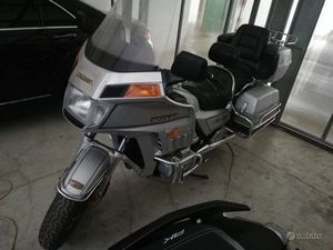 GOLD WING GL 1200