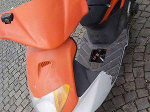 MOTOCYCLE DAELIM S- FIVE