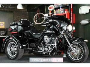 2010 HARLEY-DAVIDSON FLHTC TRIGLIDE TRIKE EXTRA;S ONLY 3,500 MILES | IN DARLINGTON, COUNTY