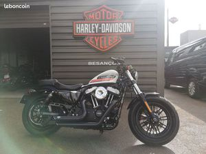 HARLEY DAVIDSON XL48 FORTY EIGHT