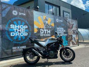 HUSQVARNA VITPILEN 401 MOTORBIKE 2021 | IN MANCHESTER | GUMTREE