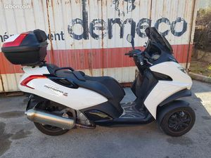 SCOOTER METROPOLIS 400 RS