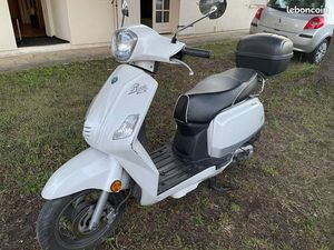 SCOOTER 50CC