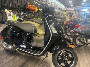 VESPA GTS SUPER 300 2021 NEW MOTORCYCLE FOR SALE IN EDMONTON