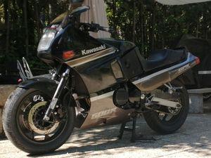 KAWASAKI - GPX 600R