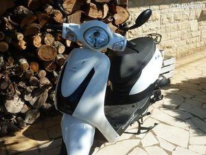 SCOOTER ORCAL 50 CM² + CASQUE - 1809 KM