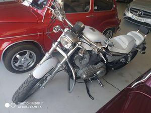 HARLEY DAVIDSON - XL883L