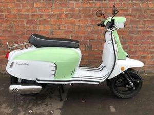 NEW ROYAL ALLOY GT125I AC – OWN THIS SCOOTER FOR ONLY £12.86 A WEEK!