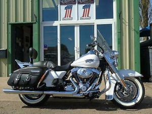 HARLEY-DAVIDSON FLHRCI ROAD KING CLASSIC 2012, 103 CUBE, ONLY 12,900 MILES