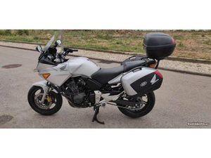 HONDA CBF 600 SA COM 25000 KMS