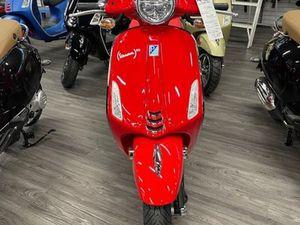 VESPA PRIMAVERA 50 (RED) 2021 NEW MOTORCYCLE FOR SALE IN EDMONTON