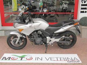 VENDO HONDA CBF 600 (2004