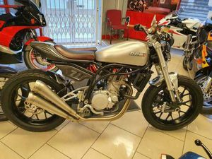 CCM SPITFIRE FLAT TRACK 2019 ONLY 919 MILES MINT CONDITION | IN DERBY, DERBYSHIRE | GUMTRE