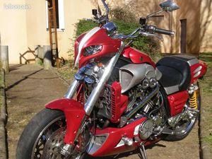 VEND MOTO VMAX 1200