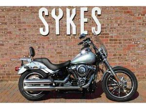 2019 HARLEY-DAVIDSON FXLR SOFTAIL LOW RIDER IN BARRACUDA SILVER | IN LEWES, EAST SUSSEX |