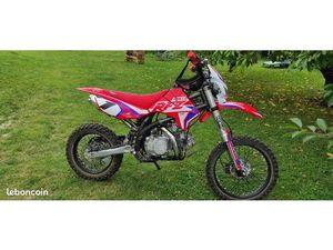 MOTO 150 RFZ
